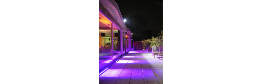 louer des projecteurs LED étanches pour éclairage de bâtiments